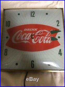 ORIGINAL VINTAGE COCA-COLA FISHTAIL PAM WALL CLOCK (1950s) ILLUMINATED