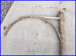 RARE FIND Early Old Vintage Fluted Arched Hook Swinger Pole for 42 Sign Gas  Oil