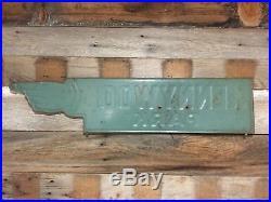 Vintage/Antique Kennywood PA Embossed Pointing Finger Hand Sign, Not Porcelain
