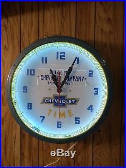 Vintage Original Quality Chevrolet Neon Dealer Advertising Clock Sign Runs